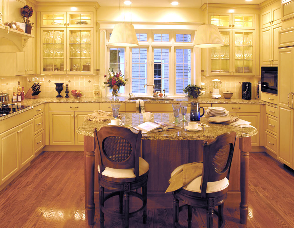 Classic kitchen design gallery dover woods for Classic kitchen designs 2012